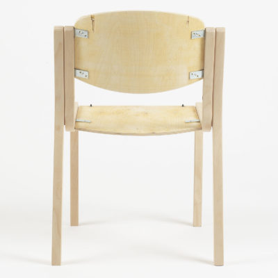 Štvorcová stolička Luke s otvorenými bokmi