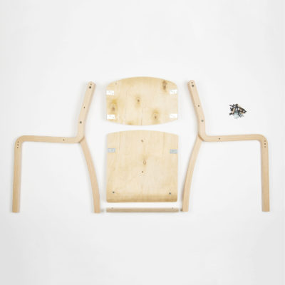 Stolička Luke s otvorenými bokmi